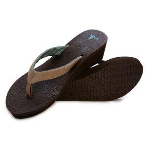 Sanskrit yoga mat wedge sandal